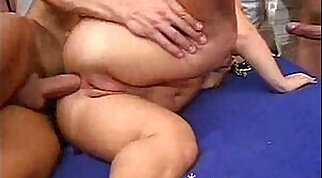 Beauty midget acquires tied up and jizzed