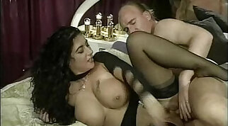 Beautiful Bella just never let herself to fuck another machine