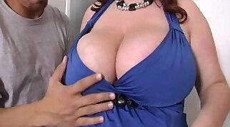 Sexy BBW Redhead Reyna Mae Fucks Latin Handy Man