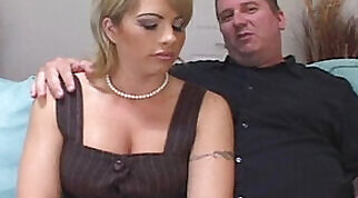 Bust-couple tribute to get fucked